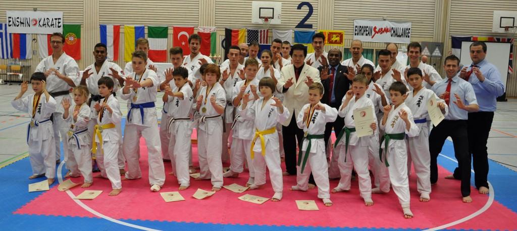 Wettkampfteam aus Freiburg mit Großmeister Kancho Joko Ninomiya