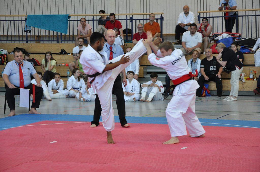 Europameisterschaft Enshin Karate Leon Muthunayake Mawashi Geri
