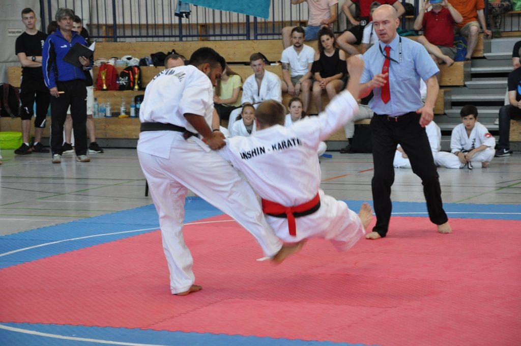 Europameisterschaft Enshin Karate Leon Muthunayake Ashi Barai Feger